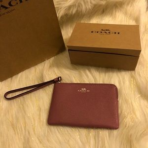 NWT Coach Wristlet Wallet with Gift Bag & Box